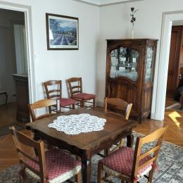 Appartement Le Champ de Mars - Cuisine équipée neuve - Location de vacances - Bourg-en-Bresse