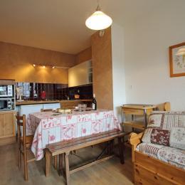 séjour cuisine - Location de vacances - Mijoux