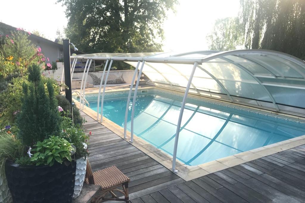 La douche solaire - Location de vacances - Villette-sur-Ain