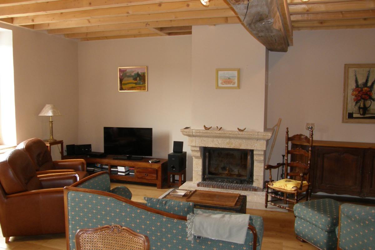 Le salon de détente avec.... - Location de vacances - Saint-Sorlin-en-Bugey