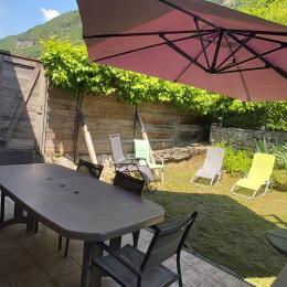 la terrasse au pied des vignes - Location de vacances - Saint-Sorlin-en-Bugey