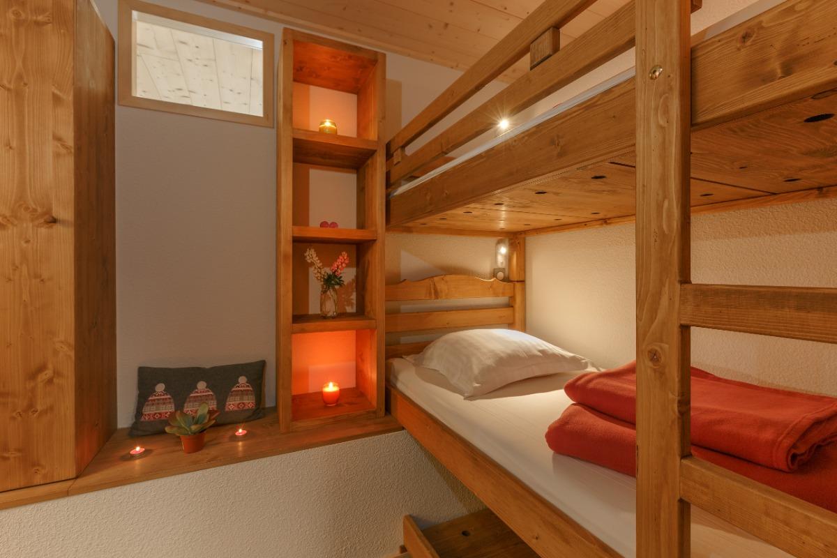 Coin montagne lits superposés - Location de vacances - Mijoux