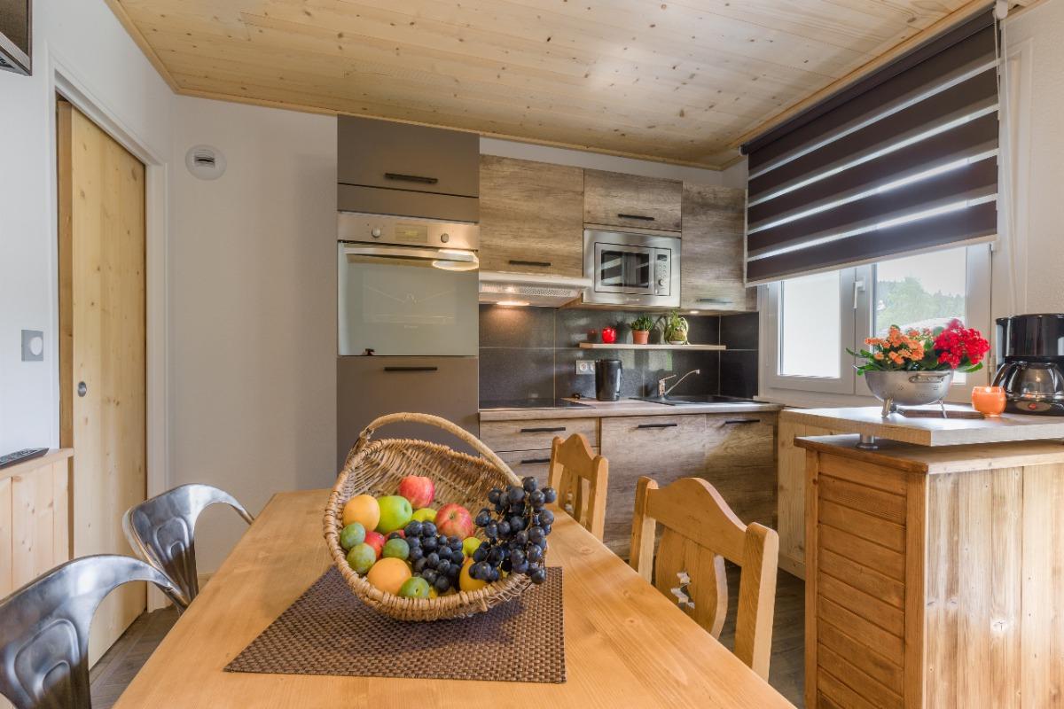 Cuisine et coin repas - Location de vacances - Mijoux
