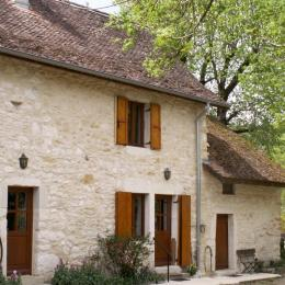 Chez Dieuzé, maison au coeur de la campagne bugiste. - Location de vacances - Izieu