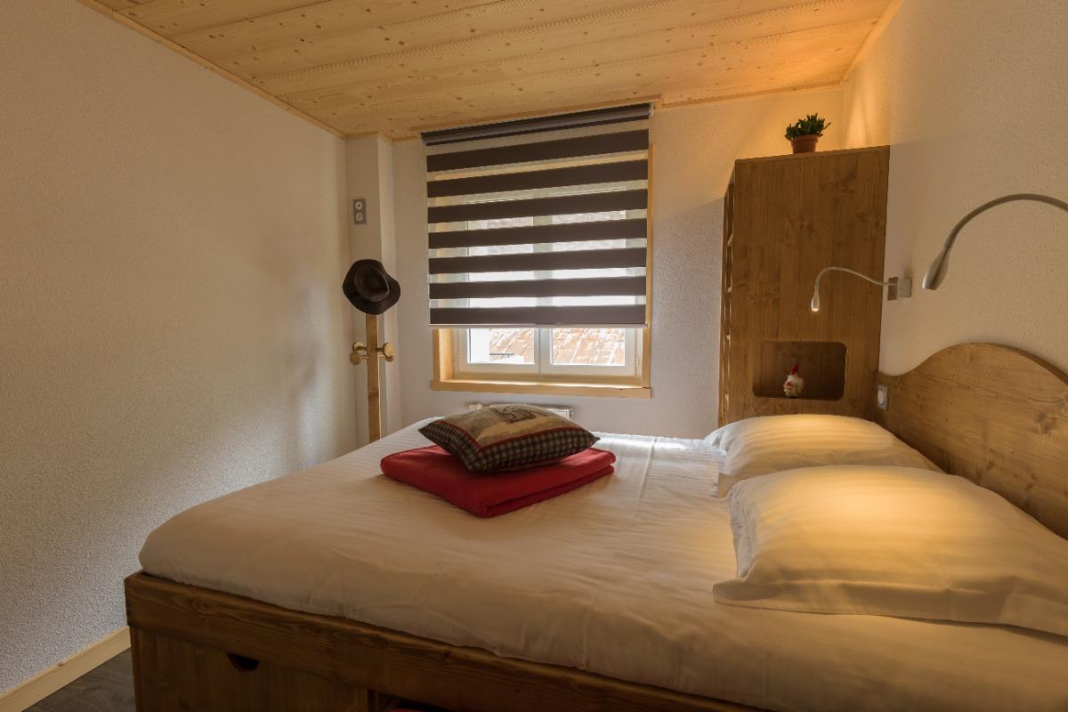 Chambre lit double - Location de vacances - Mijoux