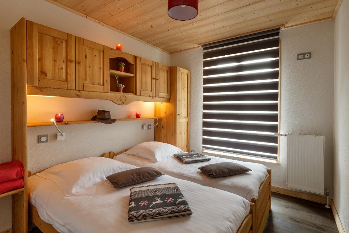 Chambre lits jumeaux - Location de vacances - Mijoux