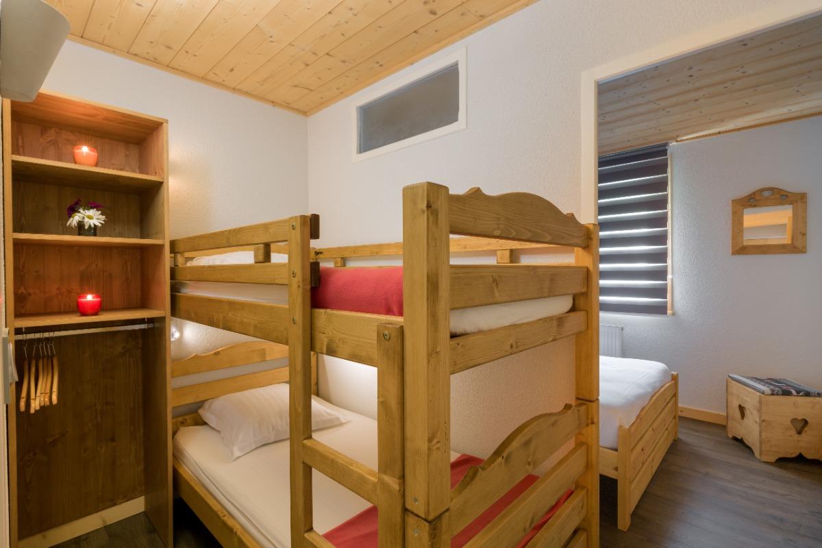 Coin cabine lits superposés - Location de vacances - Mijoux