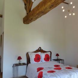 Ferme Passion Chambre Bresse - Lit 160 x 200 - Chambre d'hôtes - Saint-Trivier-sur-Moignans