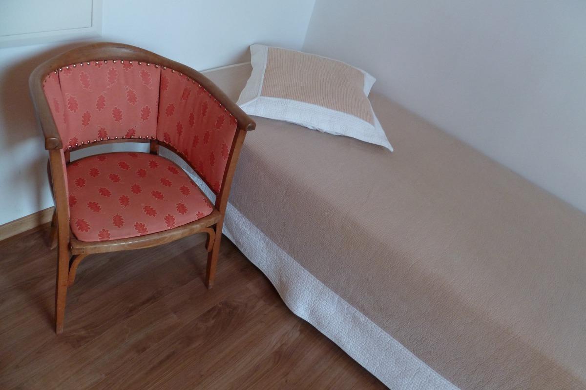 Le Clos Carré Petit Gîte Groseille Chambre - Location de vacances - Saint-Maurice-de-Gourdans