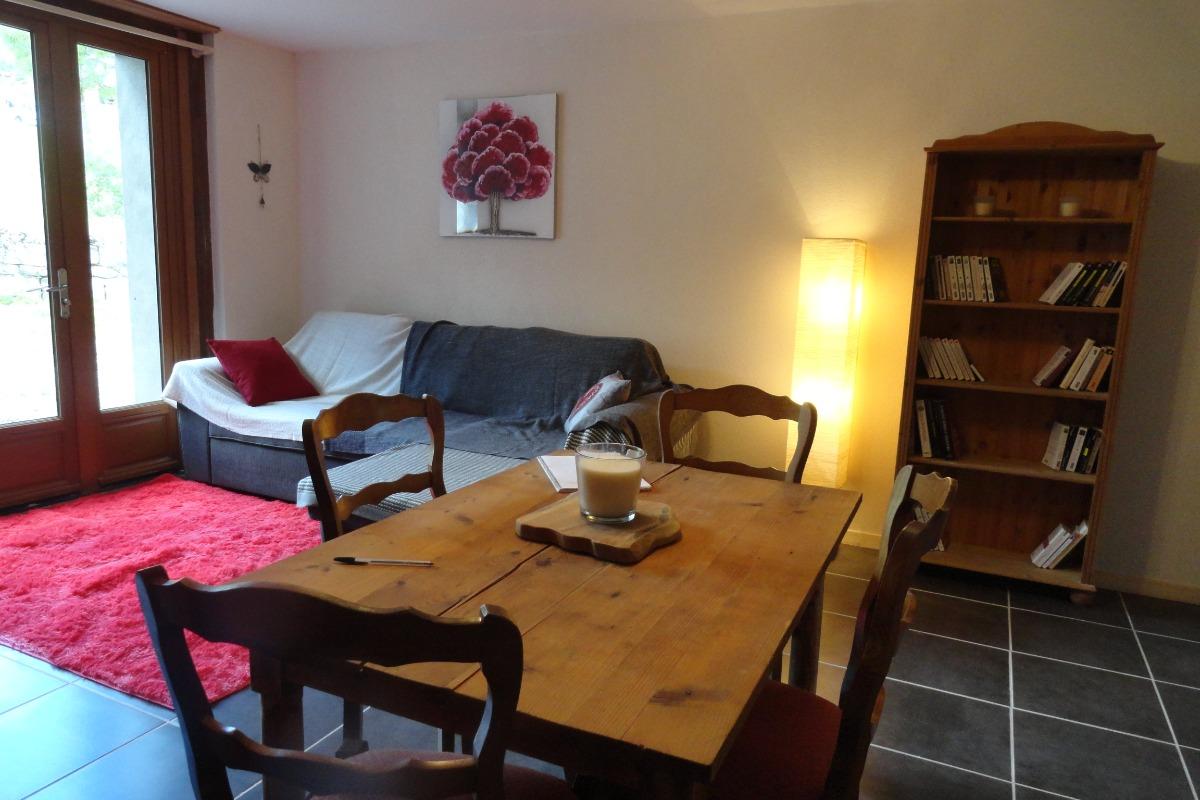 Les Jonquiilles - Appartement accès PMR - Location de vacances - Chézery-Forens