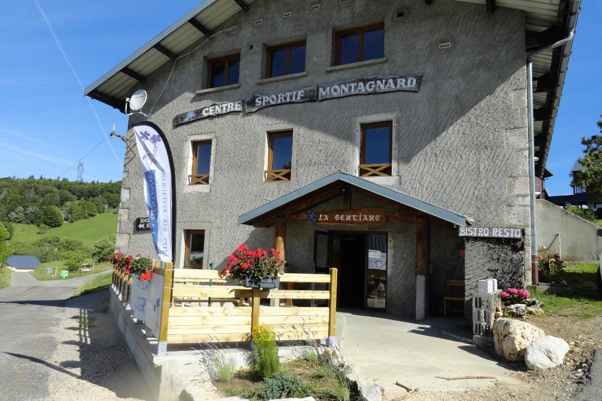 La Gentiane - Bar restaurant et gîte de groupe - Location de vacances - Chézery-Forens