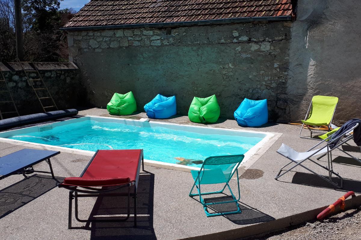 La piscine chauffée à 27°C - Location de vacances - Lhuis