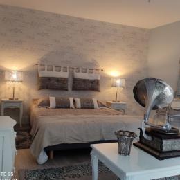 La Magoge - Façade - Chambre d'hôtes - Coligny