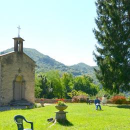 Salon bibliothèque - Chambre d'hôtes - Saint-Rambert-en-Bugey