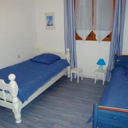 chambre 2 - Location de vacances - La Villeneuve-au-Chêne