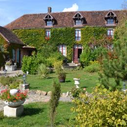Extérieur Casteland - Chambre d'hôtes - Vougrey