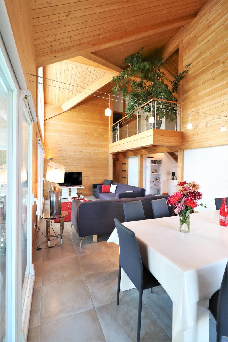 Côté salle à manger : une grande table pour 10 personnes ! - Location de vacances - Chavanges
