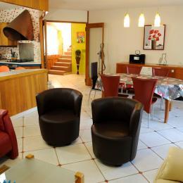 séjour et salle à manger à votre disposition - Chambre d'hôtes - Pont-Sainte-Marie