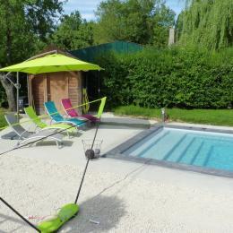 Piscine privée et chauffée - Location de vacances - Bar-sur-Aube