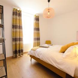 Chambre double, rdc 2 - Location de vacances - Les Riceys