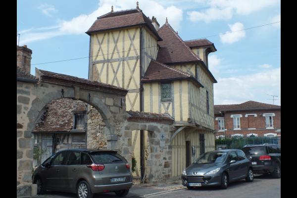le pavillon henry lV - Chambre d'hôtes - Nogent-sur-Seine