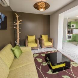 Chambre avec un lit double 160 (draps fournis) - Location de vacances - Mesnil-Saint-Père