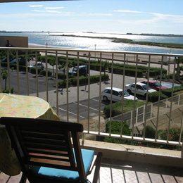 vue depuis loggia (plage du grazel et l'entrée du port) - Location de vacances - Gruissan Port
