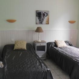 coin cuisine - Location de vacances - Saint-Laurent-de-la-Cabrerisse