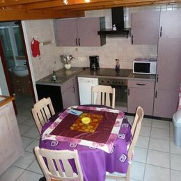Coin cuisine séjour - Location de vacances - Gruissan Ayguades