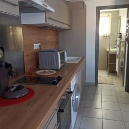 Cafétière senseo, lave vaisselle, four, micro-onde, lave linge... - Location de vacances - Narbonne Plage