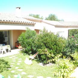jardin clos privatif - Location de vacances - Villegailhenc
