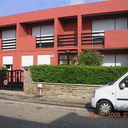 la façade;  petit immeuble à 40 mètres de la mer  - Location de vacances - Port-la-Nouvelle