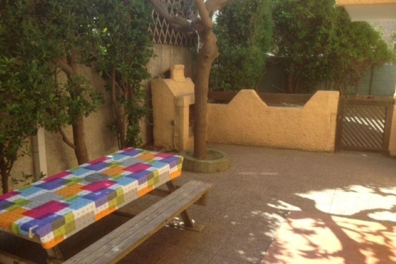 terrasse table + barbecue - Location de vacances - Narbonne Plage
