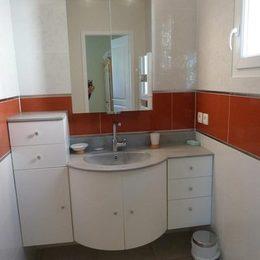 La salle de bain avec douche italienne - Location de vacances - Carcassonne