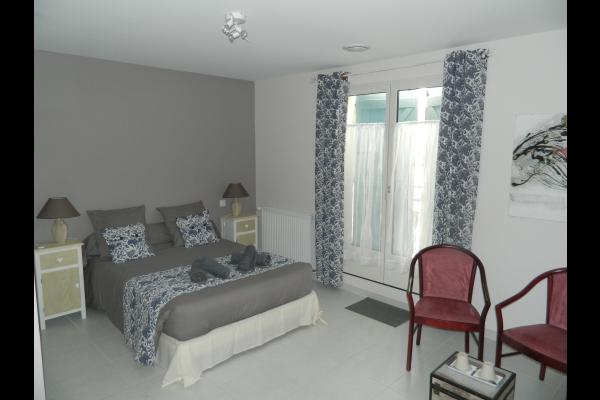 CHAMBRE CHARDON - Chambre d'hôtes - Castelnaudary