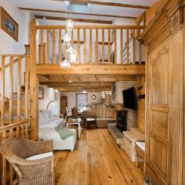 Nelly Brengues : gîte Coupiac   salle d'eau : douche, 2 lavabos, wc - Location de vacances - Coupiac