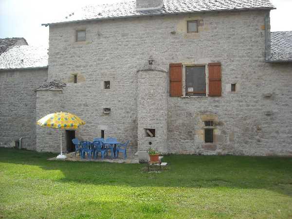 GITE SEVERAC LE CHATEAU / MR SAHUQUET - Location de vacances - Sévérac-le-Château