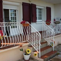 Vue d'ensemble de la maison du pic vert - Location de vacances - Millau