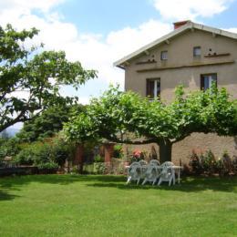 Un extérieur agréable relativement indépendant - Location de vacances - Rebourguil