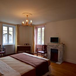 - Chambre d'hôtes - Salles-la-Source