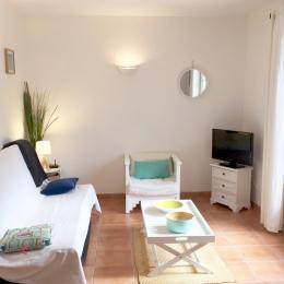 Salon Romarin - Location de vacances - Fuveau