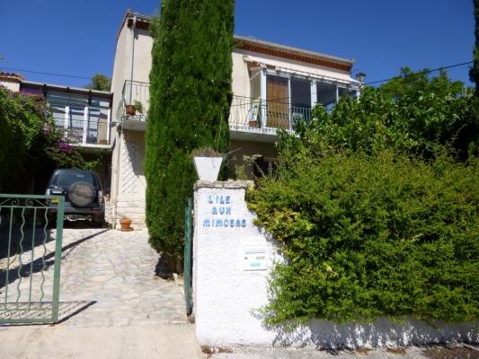 La maison  L'île aux mimosas  - Location de vacances - La Ciotat