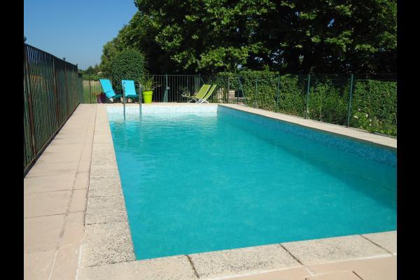 la piscine - Location de vacances - Jouques