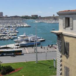 Vue de l'appartement sur le vieux port en plein centre de Marseille - Location de vacances - Marseille