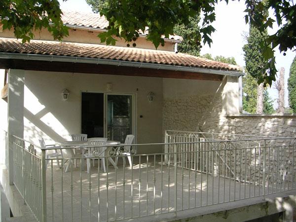 Maison indépendante Chateaurenard- la terrasse privative - Location de vacances - Châteaurenard