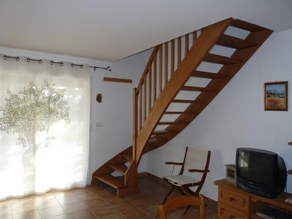 Maison indépendante Chateaurenard- accès aux chambres - Location de vacances - Châteaurenard
