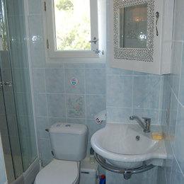 Salle d'eau douche hydro - Location de vacances - Saint-Mitre-les-Remparts