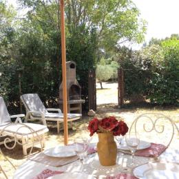 terrasse Ombragée - Location de vacances - Eygalières