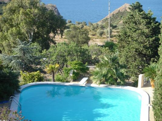 maison de vos hôtes et piscine - Location de vacances - La Ciotat