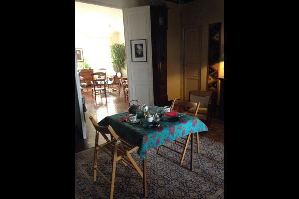 espace petit déjeuner - Chambre d'hôtes - Marseille
